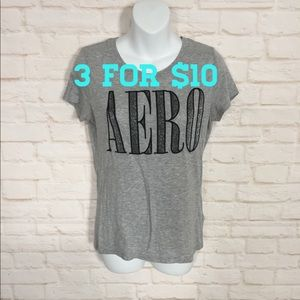 Aeropostale graphic T-shirt Large Gray/black